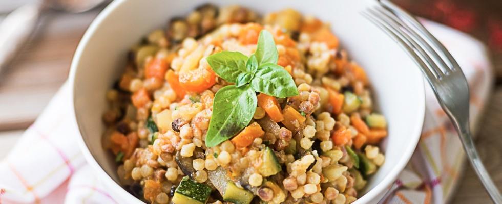 Fregola con verdure, ricetta vegana