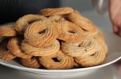 Biscotti alle nocciole, la video ricetta