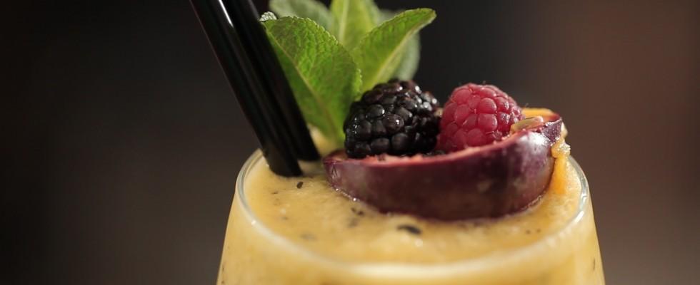 Frozen Tropical, il video cocktail