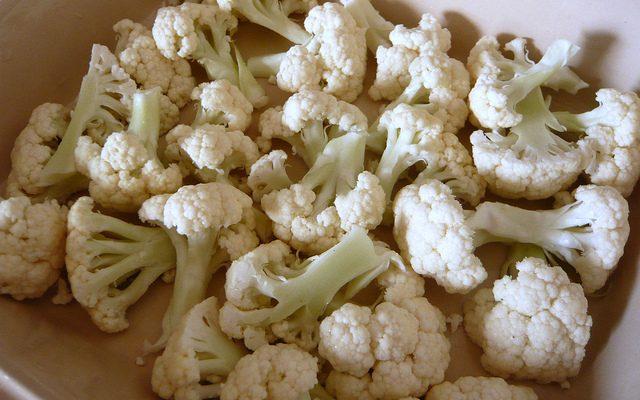 La pasta al cavolfiore con pomodoro al forno con la ricetta facile