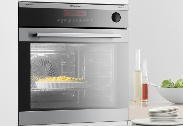 cuocere nel forno a vapore electrolux