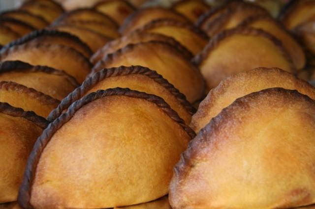 empanada boliviana