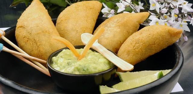 empanada-colombiana-2