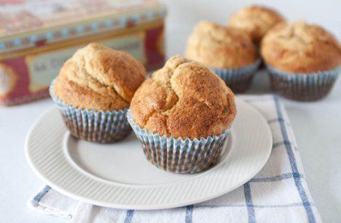 I muffin integrali allo yogurt e miele perfetti per la colazione