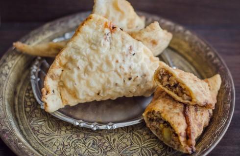 Sambusac: street food del Medio Oriente