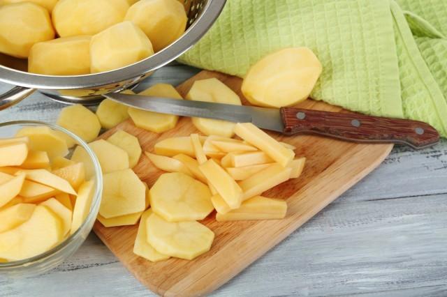 tagliare patate