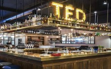 Ted Burger & Lobster, Roma