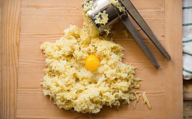 Gnocchi di castagne e patate step-2 (1)