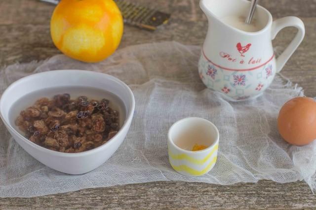 Step 1 treccia arancia e uvetta