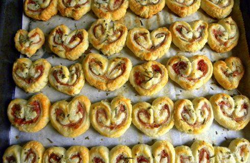 Le girelle di pasta sfoglia salate con la ricetta facile