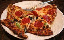La pizza di cavolfiore vegan con la ricetta gustosa