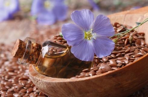 Olio di semi di lino, usi e benefici