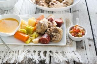 Puchero de gallina: bollito sudamericano