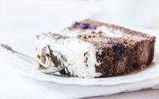 La torta con cocco e nutella per una merenda golosa