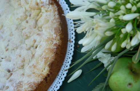 La ricetta torta della nonna senza burro nella versione light