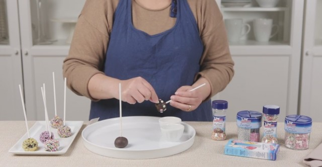 Cake pops Funfetti 4