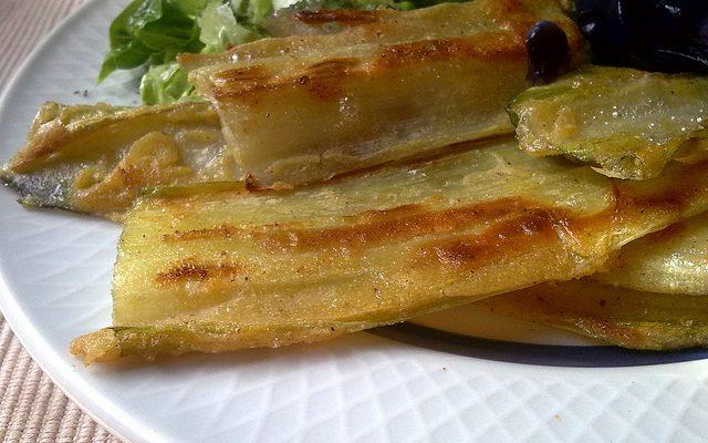 I cardi in pastella da preparare con la ricetta siciliana