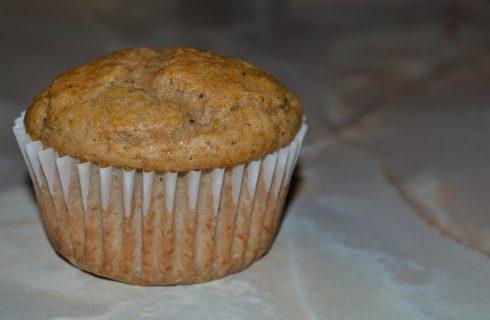 I muffin ai kiwi e banane per la merenda dei bambini