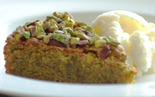 La torta al pistacchio con la ricetta facile