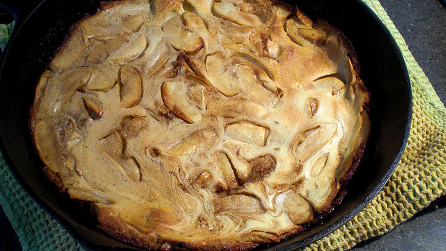 La torta di mele e cannella senza glutine perfetta per gli intolleranti