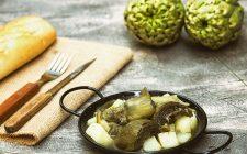 Il contorno di carciofi e patate con la ricetta facile
