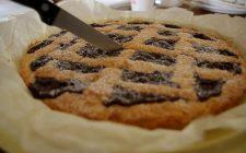 La crostata alla nutella morbida con la ricetta facile