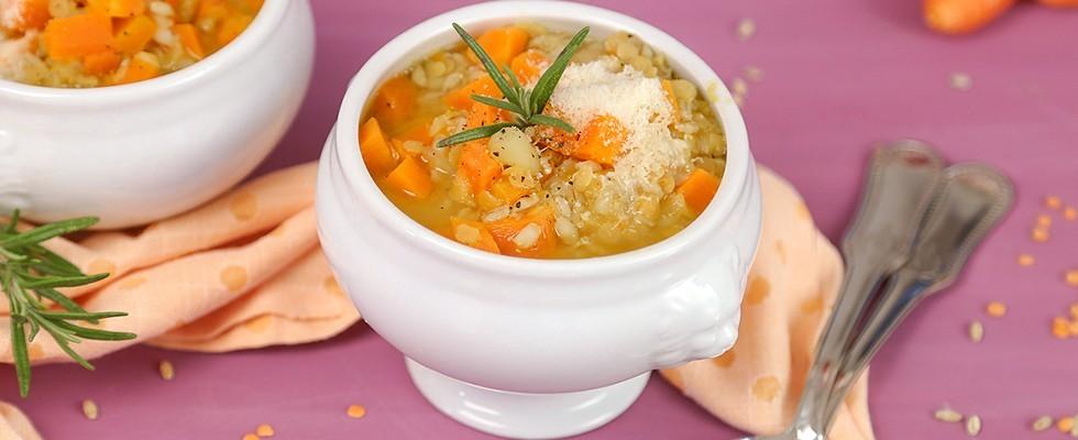 Zuppa di carote, orzo e lenticchie