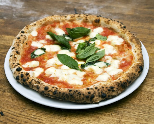 pizza napoletana-min