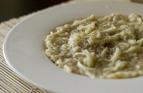 Il risotto ai topinambur e gorgonzola per un primo saporito