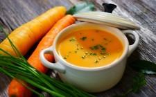 11 zuppe da preparare con 3 ingredienti