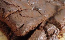 La torta con datteri e cioccolato con la ricetta golosa