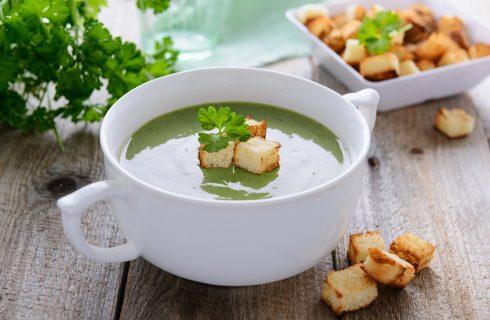 La vellutata di spinaci con la ricetta light