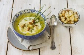 Zuppa di porri con salsa al taleggio