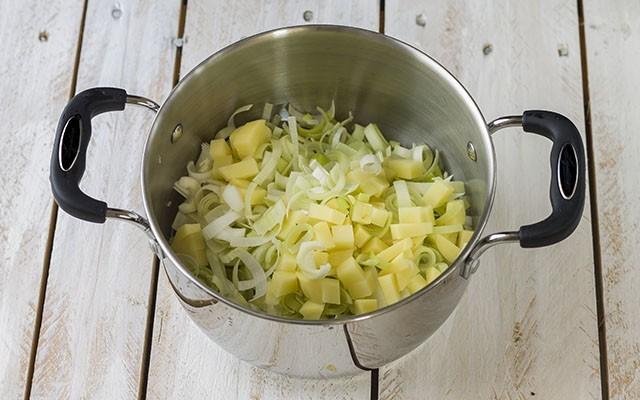 Zuppa di porri step 4