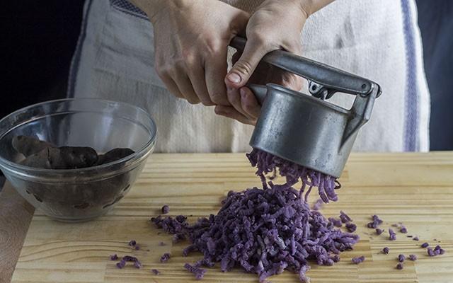 gnocchi di patate viola step1
