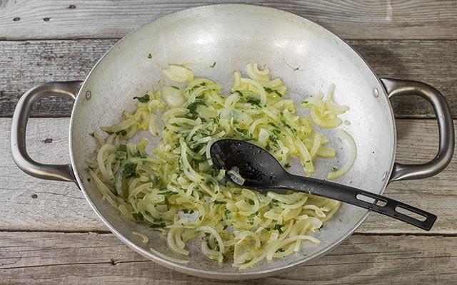 merluzzo con cipolle step3
