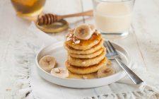 I pancake vegan alla banana con la ricetta facile