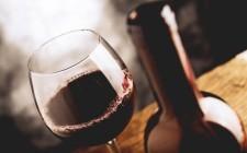 Cosa non fare MAI con un buon vino