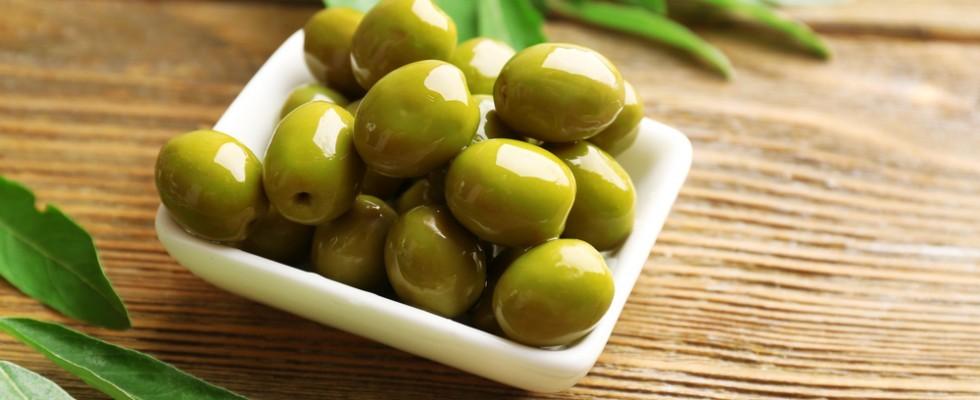 Sequestrate le olive verdi verniciate