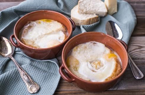 Zuppa alla pavese, nutriente e rustica