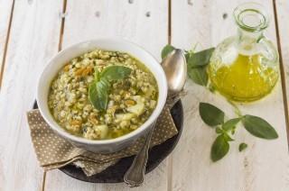 Zuppa di cereali: sorgo, avena, miglio, orzo e farro