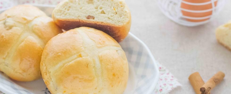 Hot cross bun, dall'Inghilterra