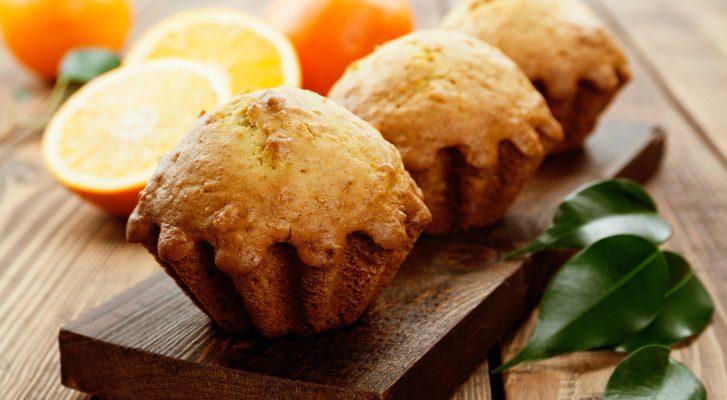 I muffin ai mandarini e noci per una colazione nutriente