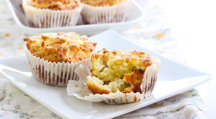 I muffin alla ricotta e zucchine senza uova adatti all'aperitivo
