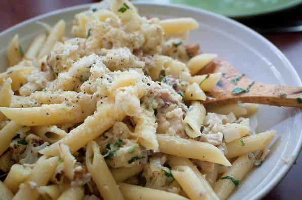 La ricetta della pasta e cavolfiori in bianco