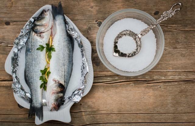 pesce in crosta di sale
