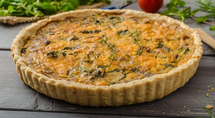 La torta salata con spinaci e prosciutto: la ricetta da provare