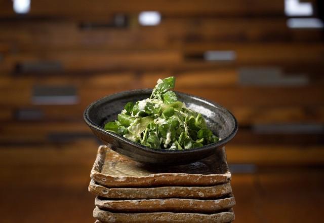 zuma salad with asparagus, tomatoes and barley miso dressing- zuma nama yasai-min (1)-min