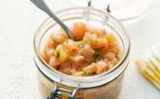 Pineapple and mango chutney