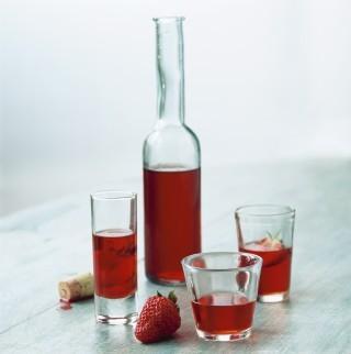 Liquore alla fragola fatto in casa